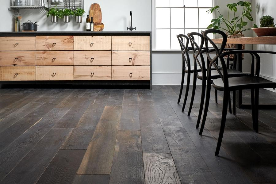 Manufacturer in Focus | Woodpecker Flooring