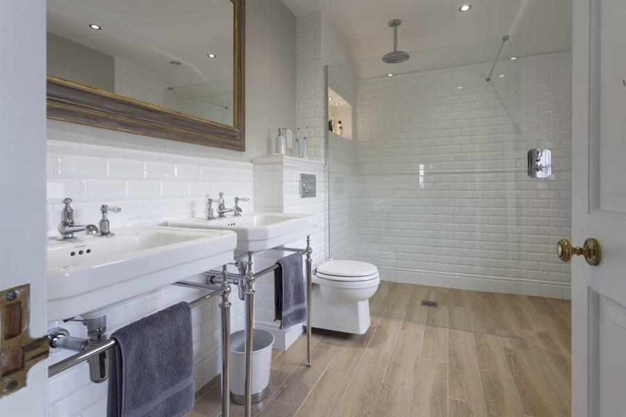 Room Guides: Bathroom Floors