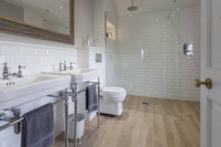 Room Guides: Bathroom Flooring